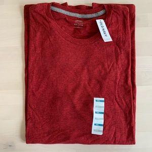Men's Old Navy red t-shirt